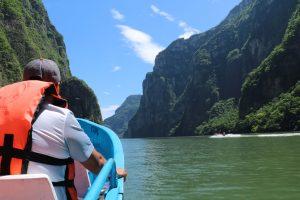 Canyon et barque