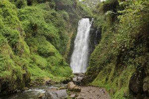 Cascade Peguche 3